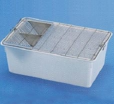 Cage Grill-82020