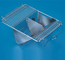 Top Wire Lid With Spring Clip Lock SS Autoclavable 27 X 21 (L X B cm)